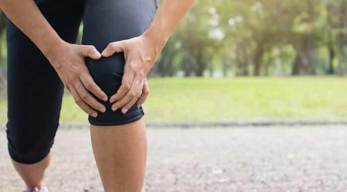 درمان پارگی رباط صلیبی زانو با بریس، ورزش و طب فیزیکی